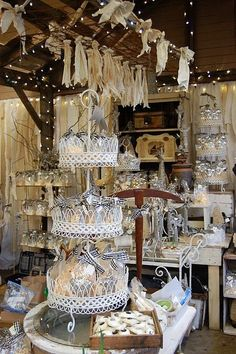 Beautiful ~ Vertical ~ Neutrals ~ Lights ~ All *MY* Faves! AND ... Nice looks for lots of multiples!