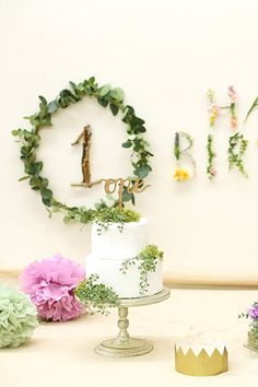 FAIRYTALE BIRTHDAY / ARCH DAYS|理想のパーティーアイディアがきっと見つかる 90th Birthday Parties, Baby Boy 1st Birthday, Birthday Girl Pictures, Birthday Photos, Birthday Decorations, First Birthdays, Ideas, Photography Kids, Birthday Cakes