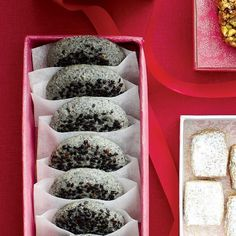 Black-sesame cookies - if you don't like sweet cookies and like sesame seeds, this one is for you!