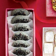 Black-sesame cookies - if you don't like sweet cookies and like sesame seeds, this one is for you!