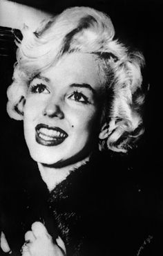 """Marilyn Monroe quote on love: """"Men who think that a woman's past love affairs lessen her love for them are usually stupid and weak."""""""