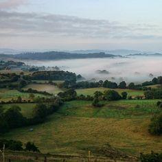 Océano de niebla recorriendo el valle de Sariego Comarcadelasidra Asturias