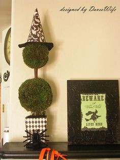 Witch hat made out of scrapbook paper and felt!