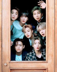 Bts Group Picture, Bts Group Photos, Exo Group Photo, K Pop, Foto Bts, V Bts Wallpaper, Bts Group Photo Wallpaper, Bts Beautiful, Bts Backgrounds
