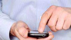 Hai vinto un iPhone: ma è una truffa con probabile virus annesso Considerando gli argomenti della recente cronaca tecnologica, c'è da capire come mai gli hacker stiano puntando su un brand molto ambito come quello degli iPhone: anzi, stupisce che non si sia tirato #iphone8 #truffa #virus #internet