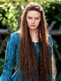"""cantinaband:  """" Cannes First Look: Daisy Ridley Is Hamlet's Forbidden Lover in 'Ophelia' .  """""""