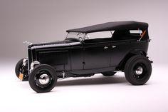 1932 Ford Deluxe V8 Phaeton