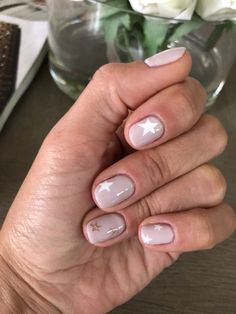 38 Stunning Neutral Nail Art Designs 2019 - Nail Design - Ideas For Women's Nude Nails, Acrylic Nails, My Nails, Cute Gel Nails, Glitter Nails, Neutral Nail Art, Neutral Nail Designs, Neutral Makeup, Star Nails