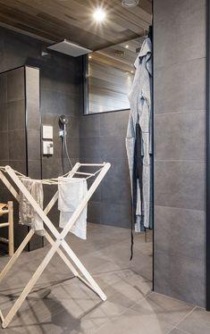 cillas, kannustalo, puinen pyykkiteline Sauna Design, Sauna Room, Interior And Exterior, Interior Design, Sweet Home, Cabinet, Storage, Saunas, House