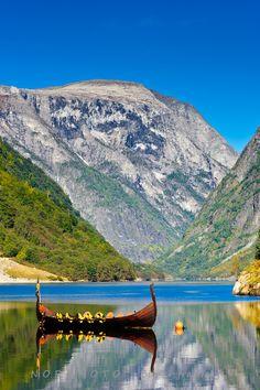 Nærøyfjorden ved Gudvangen, Norway
