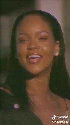 Rihanna Baby, Rihanna Love, Rihanna Riri, Rihanna Red Carpet, Rihanna Street Style, Fille Gangsta, Wow Video, Taylor Swift Videos, Foto Jimin