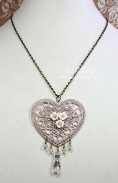 Heart and Roses Necklace