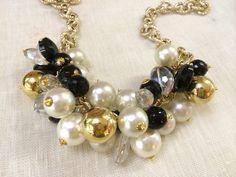 Collana mix perle bianche onice nero e perle oro