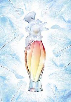L'Air du Temps Colombes Couleur Nina Ricci perfume - a fragrance for women 2006踌躇的足迹,透露着赋有生气的木质基调:   温和、质地浓厚的乔治木、檀香木及柠檬木,环绕着白麝香气。