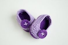 These brilliantly designed baby shoes are super cute, comfortable and stylish. Made with love, these lovely Crochet Baby Booties – Violet Butterfly by Croby Patterns come in 3 sizes: 0 – 3 months, 3 – 6 months, 6 – 12 months. Make a perfect lovely pair of cute crochet baby booties for a perfect baby, …
