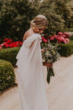 Wedding Dress Accessories, Bohemian Wedding Dresses, Bridal Dresses, Wedding Bells, Wedding Bride, Wedding Gowns, Dream Wedding, Grace Loves Lace, Wedding Day Inspiration