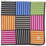 Adorable baby blanket, love the bright colors & contrast!