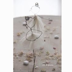 Wire and tulle... Here they are !! The cutest bridesmaids ever! By Fili di poesia