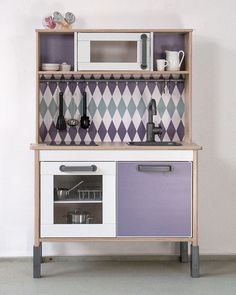 Pimp your Ikea DUKTIG kitchen with the sticker set by Limmaland