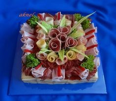 Party Platters, Food Platters, Cheese Platters, Appetizer Dips, Yummy Appetizers, Sandwich Cake, Sandwiches, Buffet Frio, Fancy Party Food