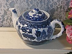 Vintage Blue Willow China Japan Teapot Small Individual Size