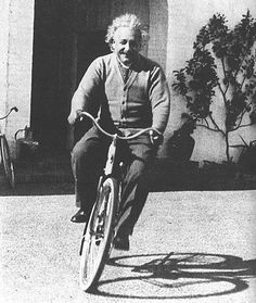 """Life is like riding a bicycle. To keep your balance, you must keep moving"" - Albert Einstein. ""I thought of that while riding my bicycle"" – Einstein on Relativity Albert Einstein Poster, Albert Einstein Photo, Velo Vintage, Vintage Bicycles, E Mc2, Life Is Like, Historical Photos, Old Photos, Famous People"