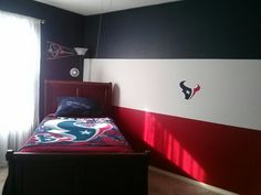 Houston Texans Themed Room.  I must have my own room esp during football season ;)