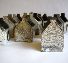 Rowena Brown - Ceramic houses, glazed and raku fired (Inspired by the abandoned dwellings on the islands of St Kilda) click now to see more. Clay Houses, Ceramic Houses, Miniature Houses, Ceramic Clay, Art Houses, Raku Pottery, Pottery Houses, Sculptures Céramiques, Terracota