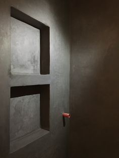 Tadelakt, Bathroom Lighting, Mirror, Furniture, Home Decor, Bathroom Light Fittings, Bathroom Vanity Lighting, Decoration Home, Room Decor