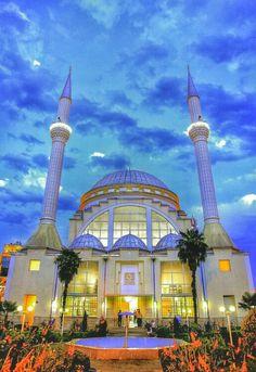 Ebu Beker Mosque (Xhamia Ebu Beker) - Shkodër, Albania