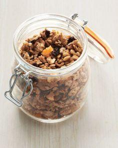 Kosher Recipes // Matzo Granola Recipe