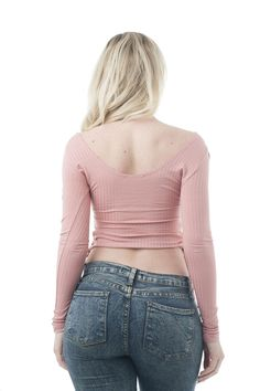 The Secret To A Tiny Waist Women Jeans Ideas of Women Jeans Awesome jeans look on tiny waist The post The Secret To A Tiny Waist Women Jeans Ideas of Women Jeans A appeared first on Jean. Sexy Jeans, Skinny Jeans, Grunge Outfits, Cropped Tops, Picture Outfits, Cute Outfits, Beste Jeans, Tiny Waist, Girls Jeans
