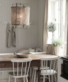 Exceptional modern french country decor are available on our internet site. look at this and you wont be sorry you did. French Country House, Country Style Decor, Country Home Decor, French Country Rug, Country Farmhouse Decor, Country House Decor, Home Decor Styles, Swedish Decor, Home Decor