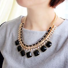 Prize $3.46. See here: http://www.trendsgal.com/p/wholesale-product-1158878.html?lkid=2501