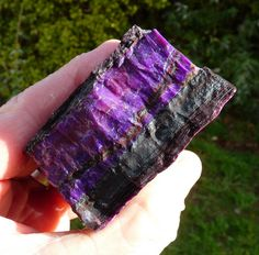 // slab of sugilite containing thick vein of high quality sugilite Minerals And Gemstones, Crystals Minerals, Rocks And Minerals, Stones And Crystals, Cool Rocks, Beautiful Rocks, Nature Color Palette, Mineralogy, Summer Street