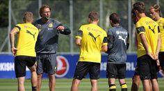 Trener piłkarski musi posługiwać się krótkimi i treściwymi poleceniami • Przykłady komunikacji coacha z drużyną • Wejdź i zobacz >>