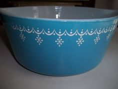 Garland Pyrex #475-B, 2.5 Quart, Vintage, Casserole Dish, Baking Dish, Bowl by PyrexKitchen on Etsy