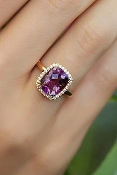 Engagements Rings : Picture Fresh Engagement Ring Trends For 2018 ❤️ engagement ring trends purple stone emerald cut diamond halo rose gold ❤️ See more: www. Unique Rings, Beautiful Rings, Bling Bling, Purple Engagement Rings, Ring Verlobung, Diamond Jewelry, Amethyst Jewelry, Wedding Jewelry, Fine Jewelry