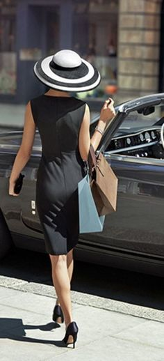 37 Trendy how to wear black dress classy style Mode Chic, Mode Style, Style Me, Classy Style, City Style, Black Style, Forma Fitness, Summer Work Fashion, Pin Up
