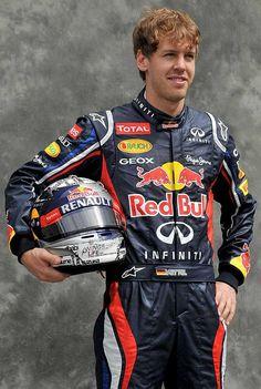 Sebastian Vettel (Red Bull): Bicampeón Mundial '10 y '11