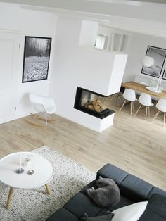 Living Room | White 'n' Bright | Vitra Chairs