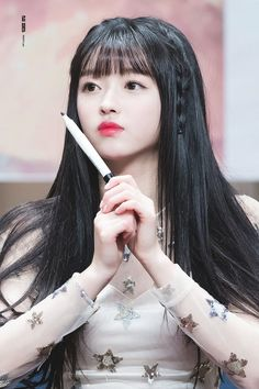 Look Your Absolute Best With These Beauty Tips Cute Asian Girls, Cute Girls, Kpop Girl Groups, Kpop Girls, K Pop, Oh My Girl Yooa, Oh My Girl Jiho, Girls Twitter, Soyeon