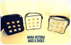 Cartera Tachas Material: Cuero Vacuno. Leather Fan Page: Carteras Maria Victoria