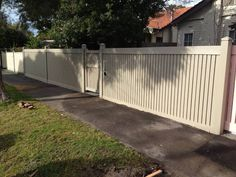 Picket Fences - Mako Fencing & Gates