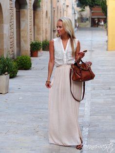 Mallorca Outfit – Creamy Maxi Skirt