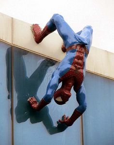 "NSFW Spider-Man statue removed after ""arousing"" complaints. The sculpture of the wall-crawler by Eunsuk Yoo that was (ahem) erected last year at the Lotte Shopping Center in Busan, South Korea.  xDDD"