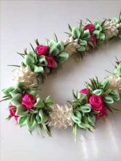 Pikake with Rose bush (Ribbon lei) designed by Tracy Harada Ui'mauamau