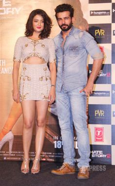 'Hate Story lead pair and former TV stars Surveen Chawla and Jay Bhanushali at the launch of the trailer. Bollywood Girls, Bollywood Actress Hot, Pakistani Actress, Bollywood News, Bollywood Fashion, Indian Actress Hot Pics, Indian Actresses, Beautiful Girl Indian, Beautiful Saree