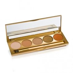 Jane Iredale Perfectly Nude Shadow Kit features five flattering shades, perfect for creating beautiful looks. Daytime Eyeshadow, Mineral Eyeshadow, Brown Eyeshadow, Makeup For Brown Eyes, Eyeshadow Palette, Beauty Bar, Clean Beauty, Natural Beauty, Luxury Beauty
