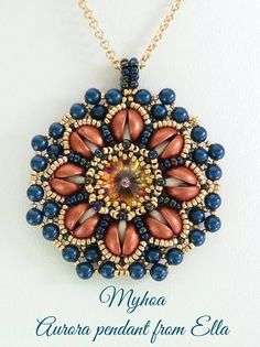 Aurora Pendant beaded by Myhoa Vu. Wonderful colors!!! Thank you for the photo!